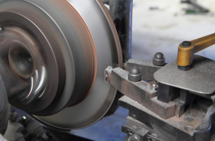 Turning Brake Drums & Rotors
